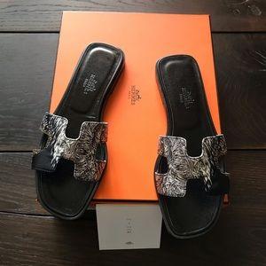 NIB Hermes Oran Silk Equateur Tattoo Sandals SZ 37